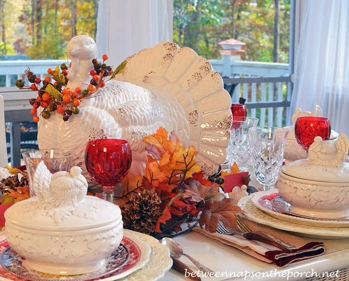 A Fall Thanksgiving Table Setting And Tablescape With A