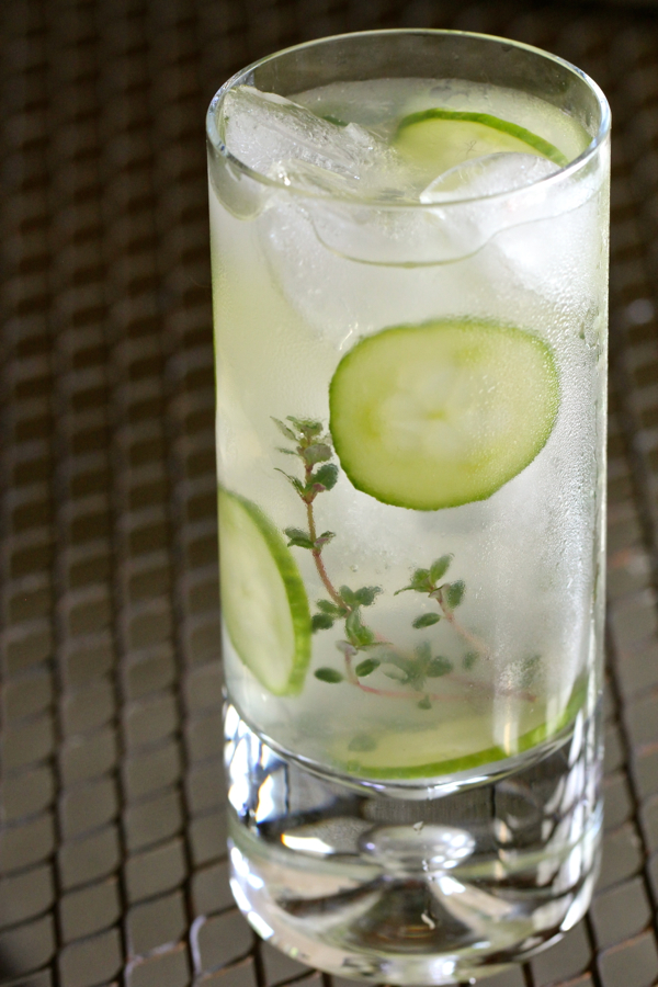 Thyme Lime Fizz Cocktail