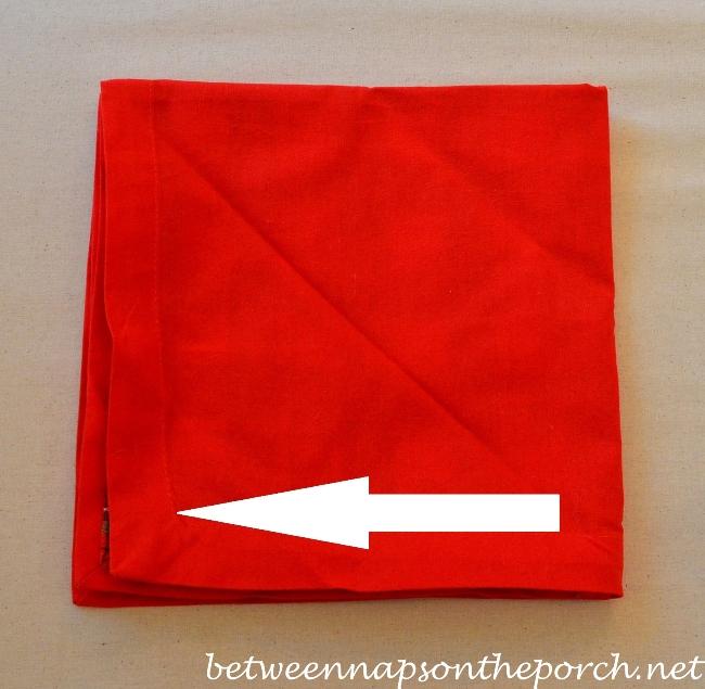 Christmas Tree Napkin Fold 04