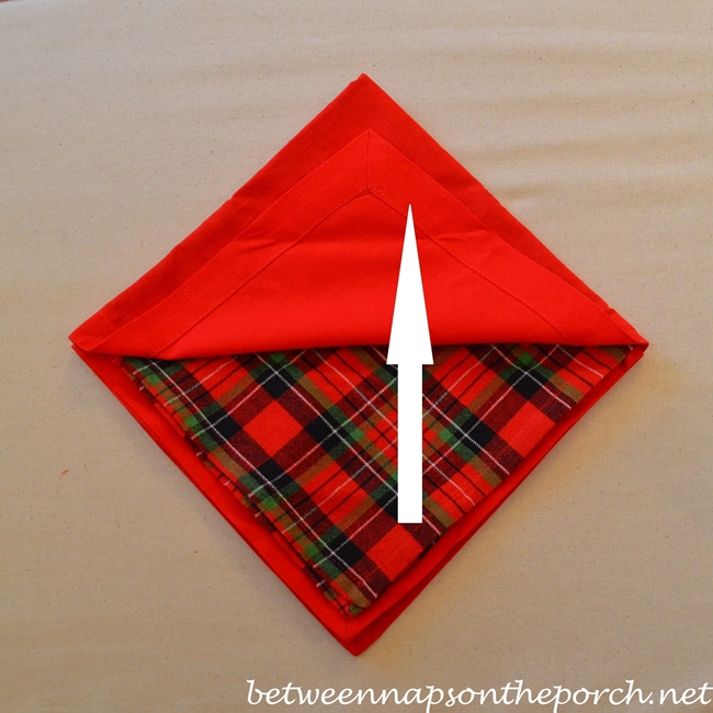 Christmas Tree Napkin Fold 06