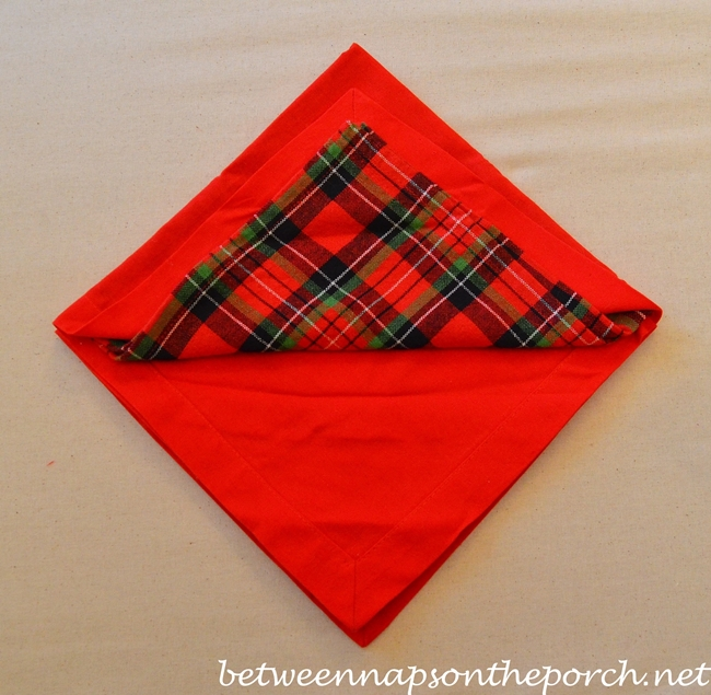 Christmas Tree Napkin Fold 07