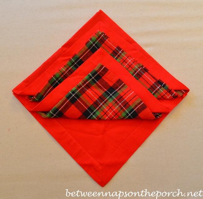 Christmas Tree Napkin Fold 09