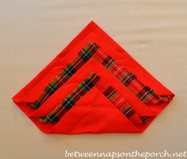 Christmas Tree Napkin Fold 10