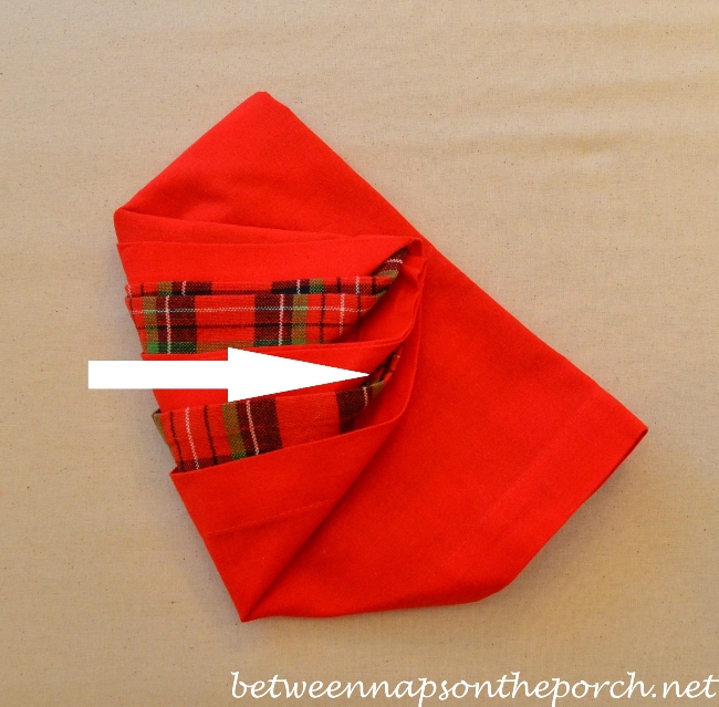 Christmas Tree Napkin Fold 12