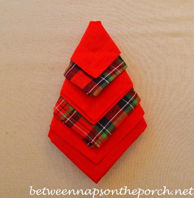 Christmas Tree Napkin Fold 14