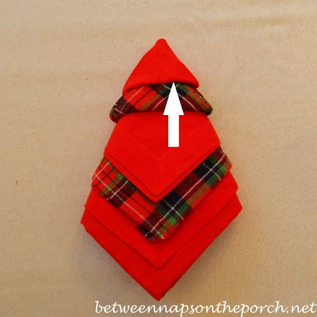 Christmas Tree Napkin Fold 16