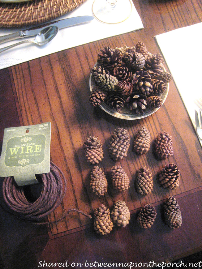 Make Napkin Rings from Pine Cones 1_wm