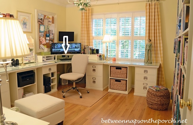 Pottery-Barn-Bedford-Office-Layout