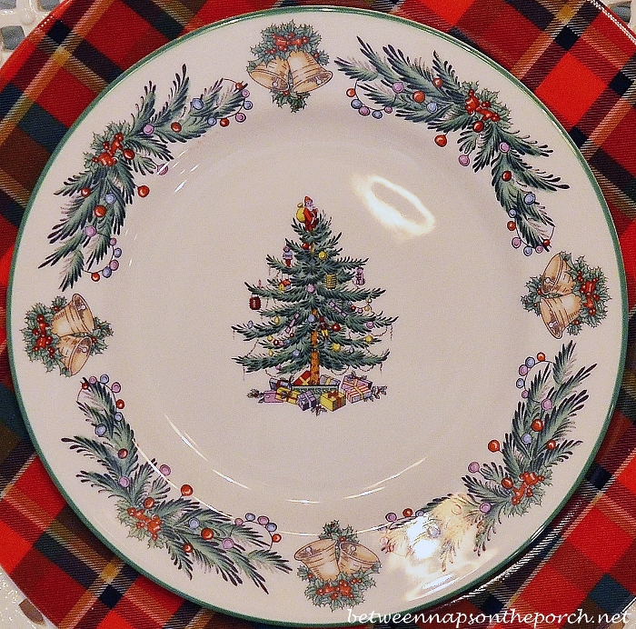 Spode Christmas Tree Garland in a Christmas Tablescape