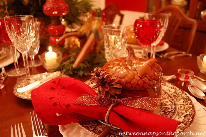 Thanksgiving Tablescape with Pine Cone Napkin Rings_wm