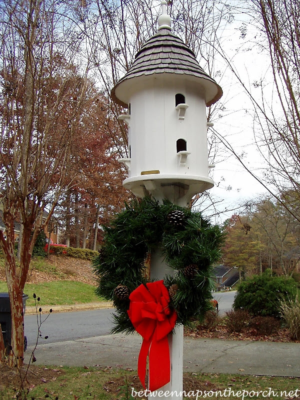 Wreath on Lazy Hill Dovecote