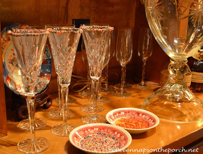 Champagne Glasses with Nonpareils 1