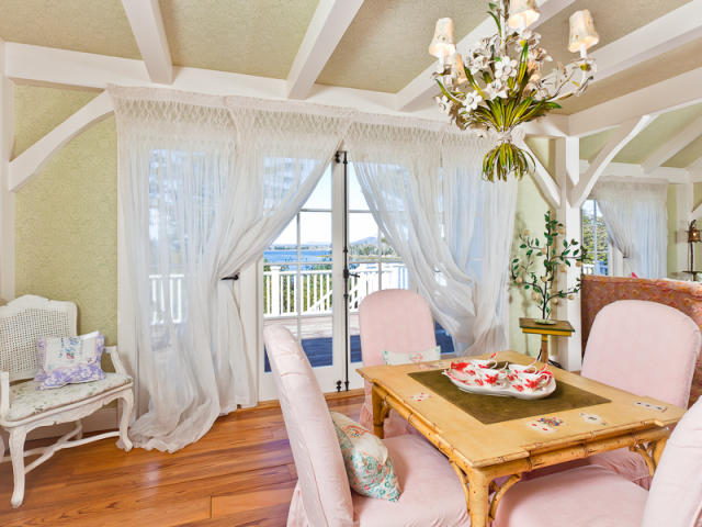 Dining Room in Kirstie Alley's Cape Cod Maine Home
