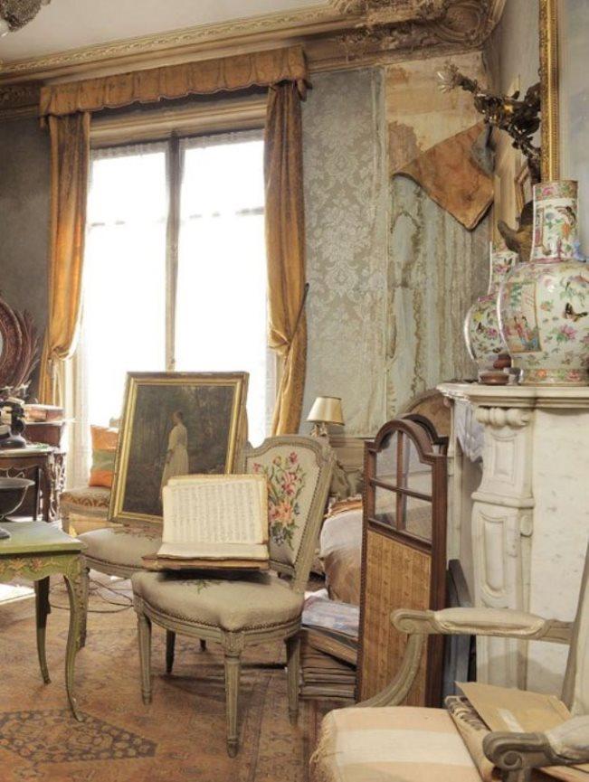 Paris Apartment 8