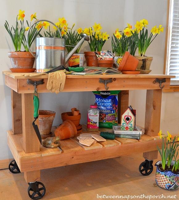 Build a Potting Bench DIY Tutorial