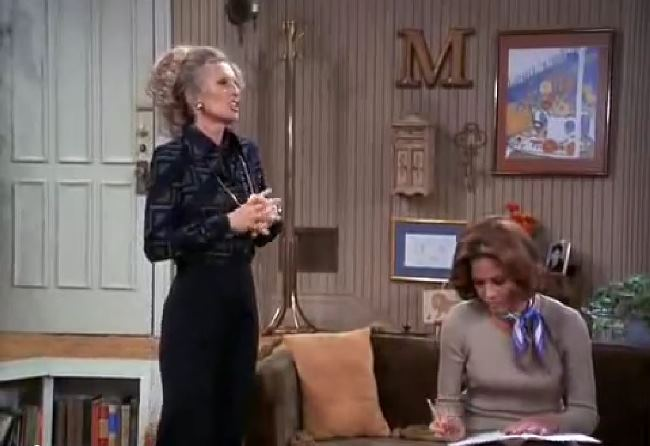 Letter M on Mary's Wall in The Mary Tyler Moore Show