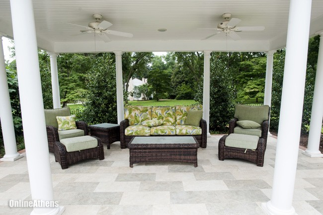 Outdoor Room for Entertaining