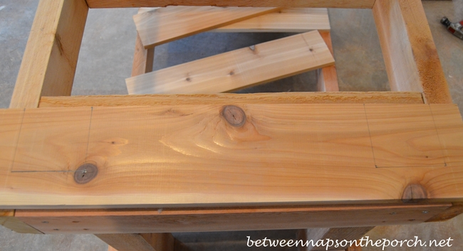 Using a Jigsaw to Build a Potting Table