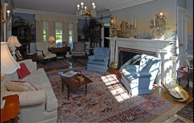 Beautiful Historic New Hampshire Home Tour 01