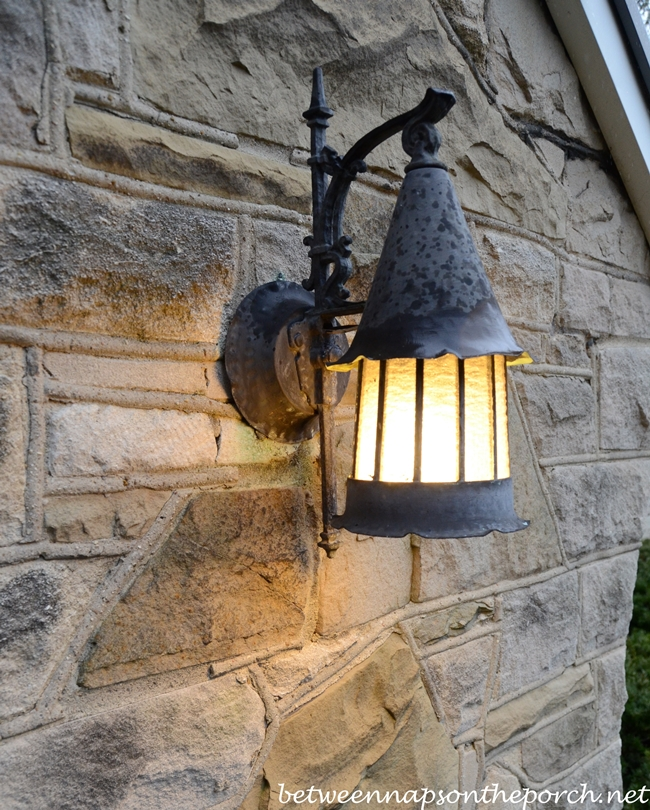 Exterior Lighting for the Cottage Home