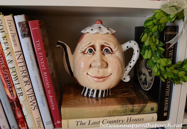 Whimsical Teapot with Face 1