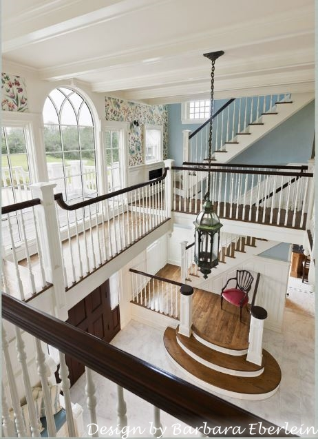 Beautiful 2-story entry