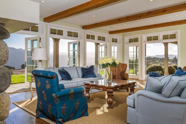 Carmel Oceanview Home Bright Airy With A Touch of Romance
