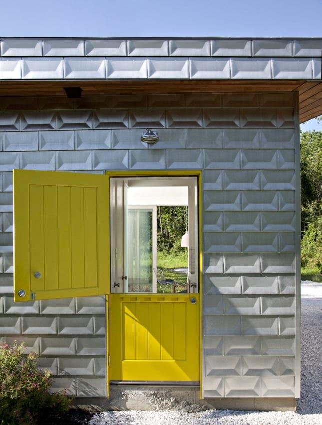 Comtemporary Building Home With Dutch Door