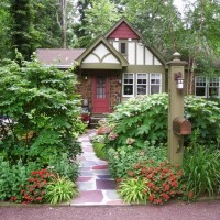 Increase Curb Appeal With A Garden For The Mailbox