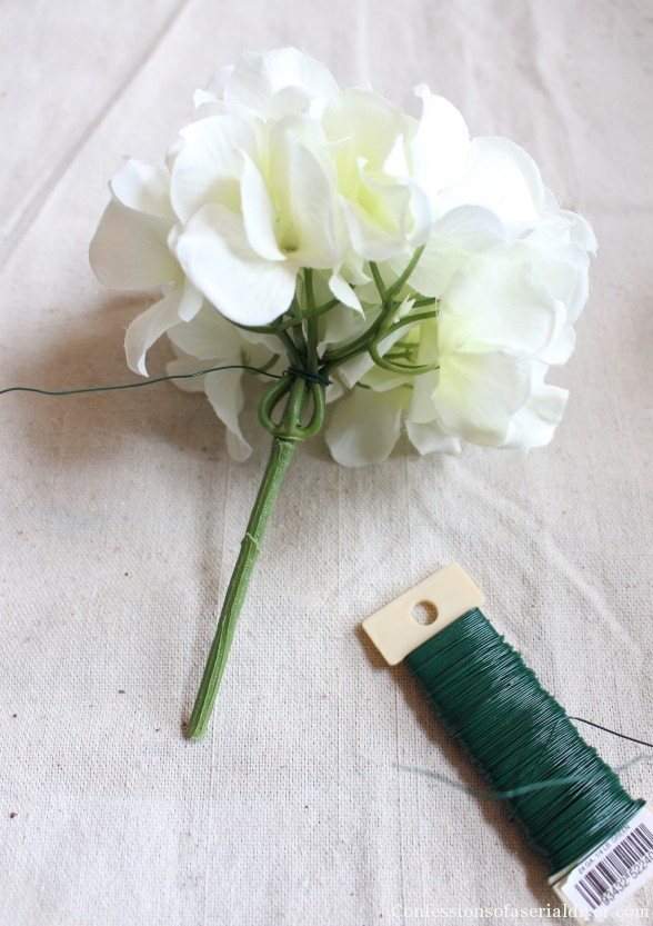 Make a Hydrangea Wreath for Spring 4
