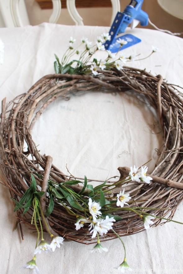 Make a Hydrangea Wreath for Spring 9