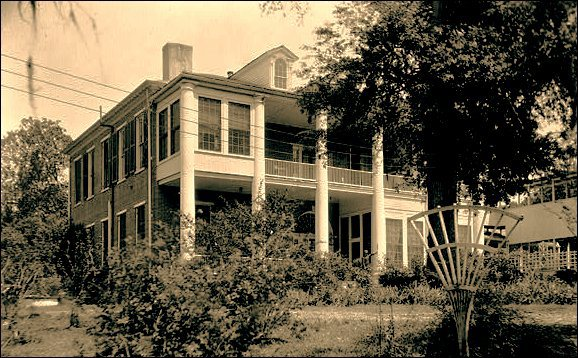Arlington, Historic Home in Natchez, Mississippi 8