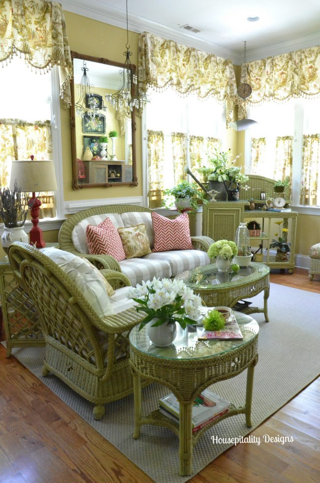 Freshen Up a Sunroom With A Garden Inspired Design