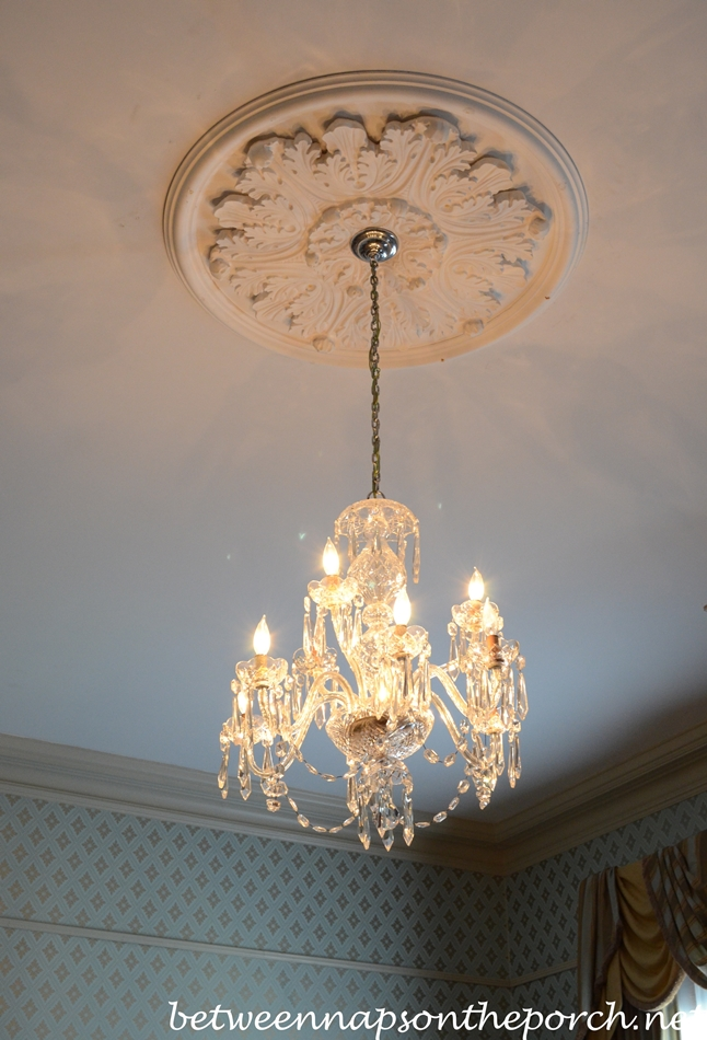 Greenwood Plantation Dining Room Chandelier