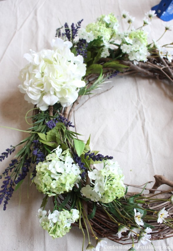 Make a Hydrangea Wreath for Springtime