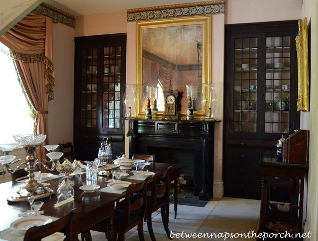 Rosedown Plantation Dining Room in St. Francisville, Louisiana_wm