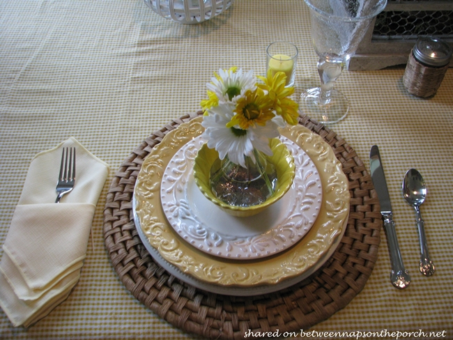 Spring Table Setting Tablescape in Yellow & White 06