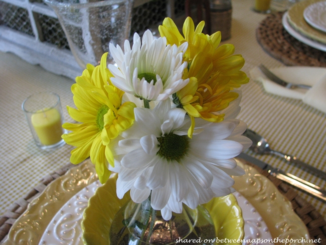 Spring Table Setting Tablescape in Yellow & White 07