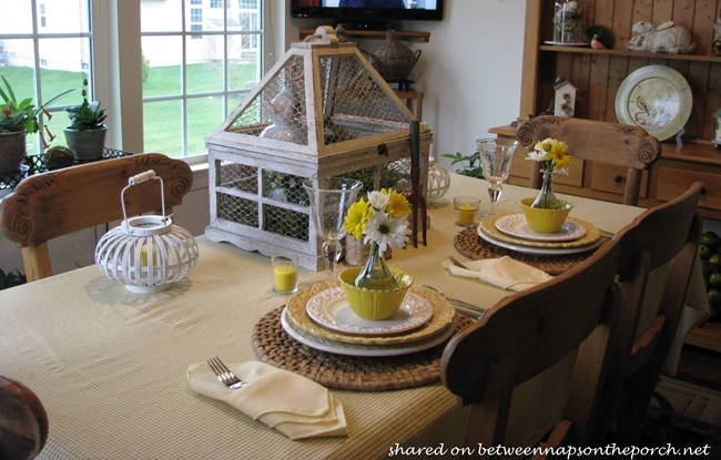 Spring Table Setting Tablescape in Yellow & White 11