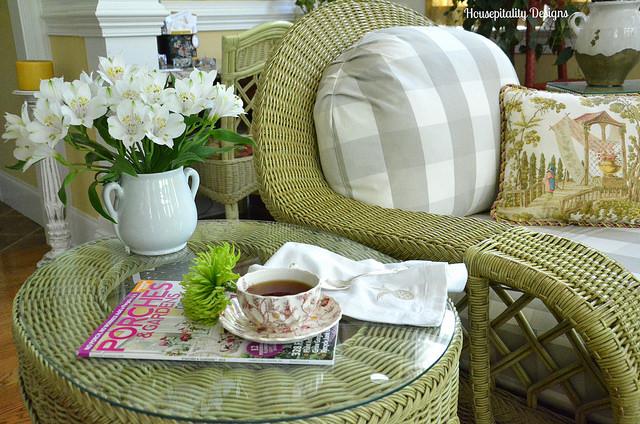 Sunroom, Green Wicker, Spring Decorating