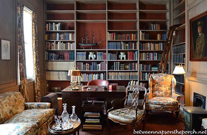 General L. Kemper Williams Library
