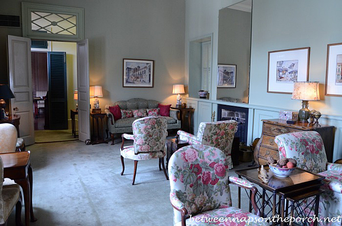 Sitting Room in Kemper and Leila Williams New Orleans Home 4_wm