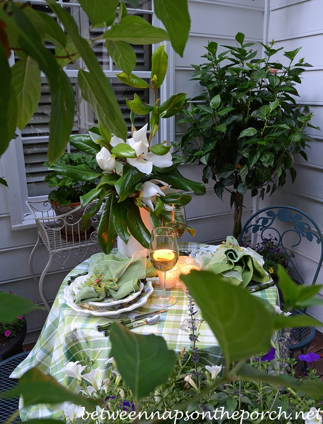 Spring Summer Table Setting Outdoors_wm
