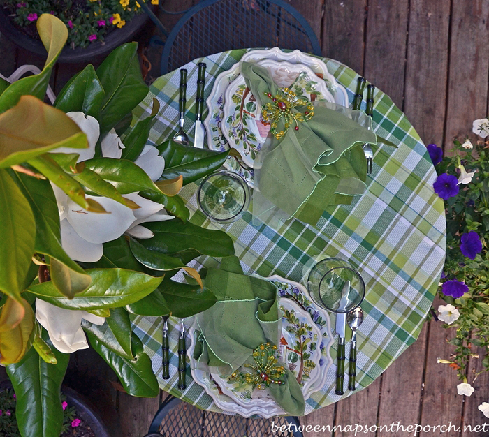 Summer Tablescape with Magnolia Centerpiece