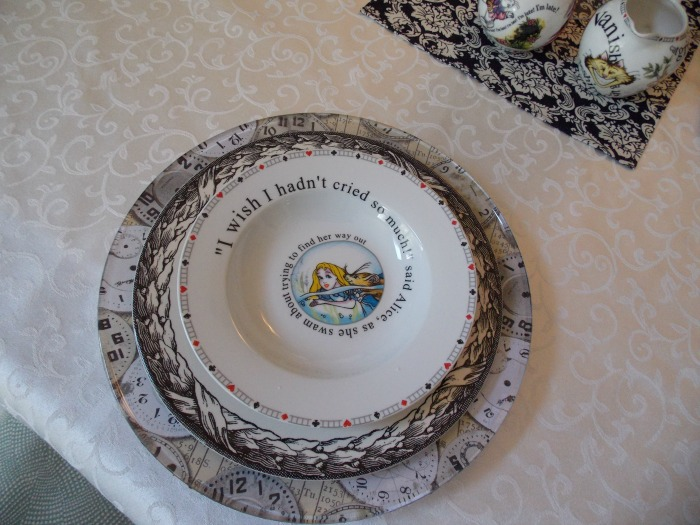 Alice In Wonderland Dishes