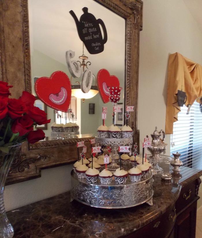 Alice in Wonderland Cupcakes for Alice in Wonderland Table Setting
