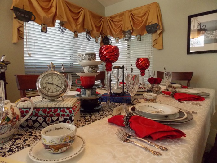 Alice in Wonderland Table Setting Tablescape 10