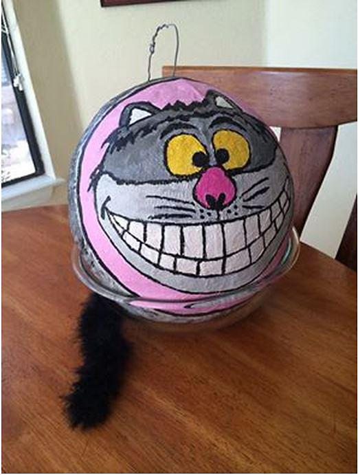 Cheshire Cat Pinata