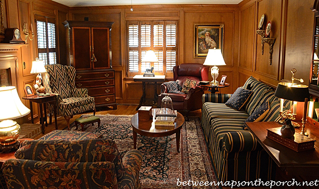 Living room and powder room in english country style Wood paneling living room decorating ideas