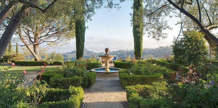 Heidi Klum's Brentwood Estates California Home 14
